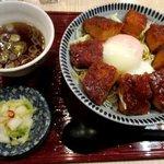 横浜なかや - 温玉のせ味噌カツ丼!