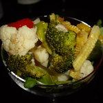 AMS+ - 突出しは緑黄色野菜のカクテルサラダ