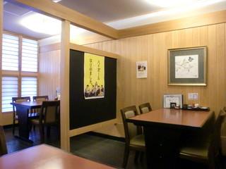 すみの坊 富田町店 - 一階テーブル席 他に座敷もあります