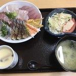 海鮮 一八 - 料理写真:海鮮丼定食=980円  税込