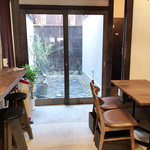 C.cafe - 店内の一角('19.3月上旬)