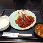 とんかつ一番 - 料理写真:2019年3月 ロースとんかつセット(1350円)