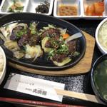 大使館 - 焼肉定食♪ 930円