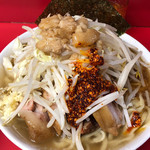 ラーメン二郎 - 小豚 ※ニンニク少し、ヤサイ、アブラ、ラー油
