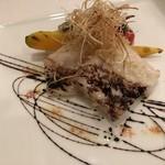 104232924 - リストランテオガワ 本日のお魚のソテー これが函館のホッケだったかな?