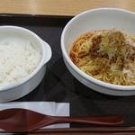 汁なし担担麺くにまつ - 汁なし担々麺 辛さ普通  と  ご飯小