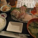 ひといき - 料理写真:豪華刺身定食