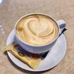Kanda Coffee - カフェラテ
