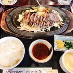 武雄カントリークラブ - 料理写真:焼肉定食様
