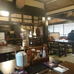 和食処 田舎家 - 座敷がリニューアルされました(テーブル設置)