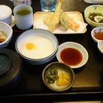 レストラン天王 - とろろ定食