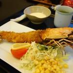 レストラン天王 - 料理写真:エビフライ