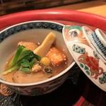 日本料理 つるま - 焚合せ 黒あわび柔らか煮 古伊万里の器が素敵です♪