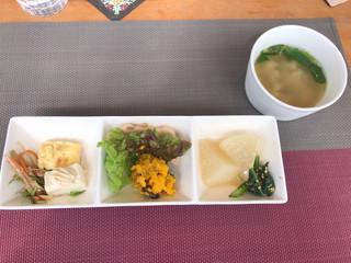フォレストガーデン - ★★★ ランチの前菜
