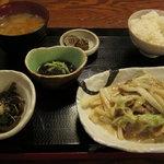 おいしい時間 - ランチ豚定食(こだわり豚肉と白菜のマヨネーズ炒め)