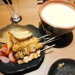 koshitsuizakayatorijuubee - 焼き鳥チーズフォンデュ