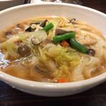 toushoumenhinabeseianryourishi-an - あっさりスープの野菜麺