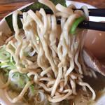 中華蕎麦 春馬 - 味玉中華そば 麺