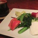 あまからくまから - 「農園野菜のバーニャカウダ」 :奇麗なこだわり野菜達が体を奇麗にしてくれます♪