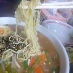 CocoKana・軽食喫茶 - わさび味噌ラーメン 麵