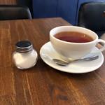 トップシークレットカフェ - モーニングの紅茶  500円