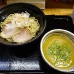 らーめん製作所 奏 - カレーつけ麺(中)