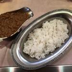 タンドゥール - インドカレー辛口