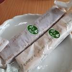 ケーキ蔵王牧場 - 料理写真:スティックキャラメル(210円)とスティックゆず(210円)