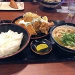 炙り牛肉専門店 肉釜うどん - 料理写真: