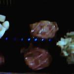 焼肉ハウス 暖家 - 料理写真:左 にんにく焼 お肉 上タン塩 右 あじネギ