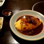 ラハイナ - 料理写真:オムカレー 850円