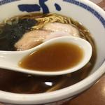 たけちゃんにぼしらーめん - 無化調の煮干スープ