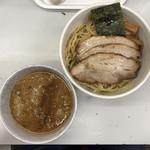 タンポポ - つけ麺(並)200g 850円