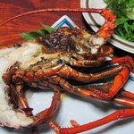 あたご丸 - 料理写真:大伊勢海老の鬼殻焼き
