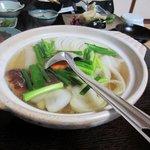 水月庵 - 山家鍋、野菜たっぷりのとってもヘルシーな鶏鍋です、これも味が付いてるからこのまま食べれます。