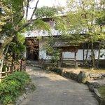 水月庵 - お店は大宰府天満宮から光明禅寺に向かう途中にありますよ。