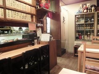 居酒屋 源氏 - 【最新】キレイになった店内。