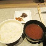 神戸牛炉窯焼ステーキ 雪月風花 北野坂 - 土鍋ご飯と神戸ビーフのしぐれ煮
