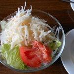 フェルマータ - 大盛りの大根サラダ