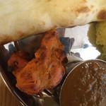 インディアンレストラン アンキットの気持ち - カレーはチキンとシーフードchoice