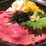 肉バル SHOUTAIAN - 和牛鉄火丼