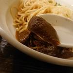 布施丿貫 - 「牡蠣玉(冷)」の牡蠣ペーストのアップ