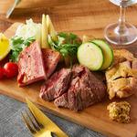 肉×チーズ×ワイン にくうお - 肉バル3種