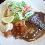 洋食レストラン桜 - クワトロランチ