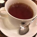 元町サントス - ホット紅茶