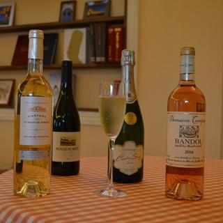 ワインは全て南仏産、料理との相性も抜群!