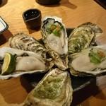 104394168 - 生牡蠣