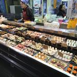 唐戸市場タケショー - お寿司