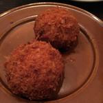 104399469 - 紅ずわい蟹のクリームコロッケ