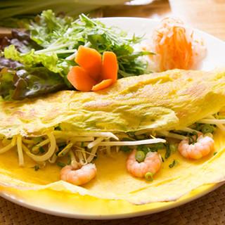 自慢料理その1、ベトナム風お好み焼き「バインセオ」